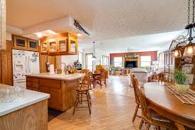 Ramar Estates Springfield Ohio Christmas Lights Delightful Home At Lake Shawnee In Jamestown Is An