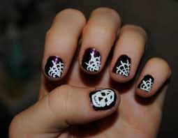 DIY Halloween Nail Art: Here Are Five Easy, Spooky Designs With ...