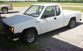 1991 Mitsubishi Mighty Max Macrocab pickup truck | Item I729...