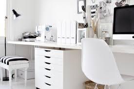 black and white home office. Sunday Decor: Black And White Home Office Inspiration M