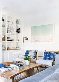 Modern Coastal Living Room Decor   Coastal Decorating Ideas