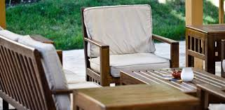 wood outdoor furniture cleaner