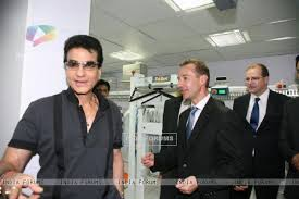 5 a sec laundry. jeetendra launches 5 a sec french laundry n