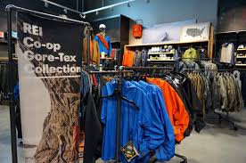 rei held a grand opening at its new in the corbin collection which opened on april 24 2018 photo credit ronni newton