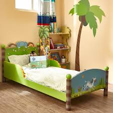 image of fantasy dinosaur toddler bedding