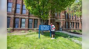 Loyola Hospital My Chart Theo Riddick Visits Loyola High School