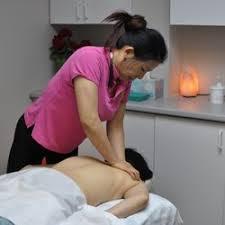 Massage18 Cl Therapeutic Massage 18 Photos Massage Therapy 8292