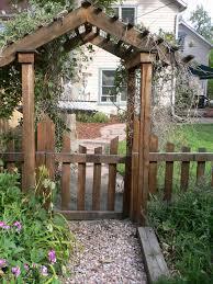 garden wooden arches designs