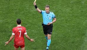 Niederländer Danny Makkelie pfeift deutsches Achtelfinale gegen England