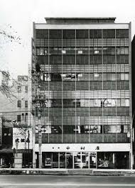 昭和33年本社本店ビルが竣工新宿中村屋 懐かしい町並みとお店