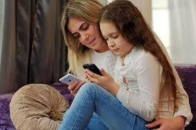 6 quy tắc cha mẹ cần biết trước khi cho con sử dụng điện thoại - Báo Gia  Đình Việt Nam