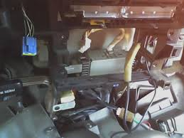 stereo wiring diagram yotatech forums if you look at the bottom of the box in the above picture you ll see these two plugs which are your run of the mill oem toyota plugs met 801761 fits them