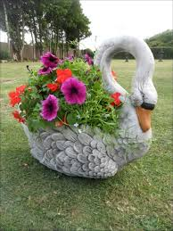 Decorative Garden Urns Swan Planter for Creative Gardens 80
