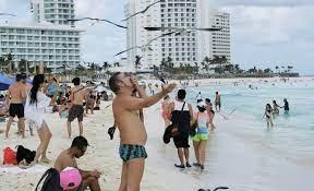 mexico hopes for tourism rebound as