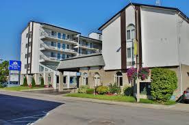 Americas Best Value Inn And Suites International Falls Chalet Inn Suites Near The Falls Niagara Falls Canada