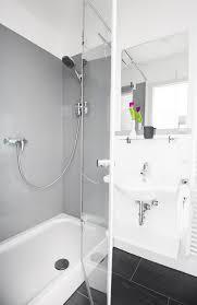 Glas Dusche Rückseitig Grau Lackiert Als Duschrückwa