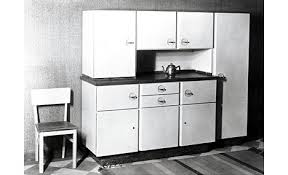 kitchen design history. friedemir poggenpohl passed away in 1924, but thankfully he left behind a capable design and production staff that would continue to push the envelope. kitchen history d