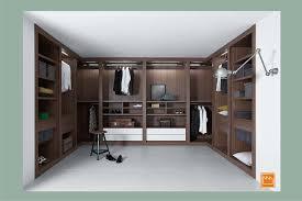 La cabina armadio: arrediamola dentro.