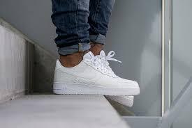white croc filles nike shox 4y coming soon nike air force 1 u002639 air force crocodile white