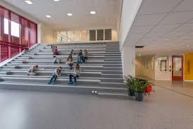 Die Installation Von Effizienter LED Innenbeleuchtung In öffentlichen  Gebäuden Wird Vom BMU Gefördert. Foto: Glamox Luxo Lighting