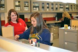 high school pipeline program unm hsc office for diversity the while all unm hsc office of diversity pipeline programs seek to broaden students knowledge and preparation for health careers dream makers specifically