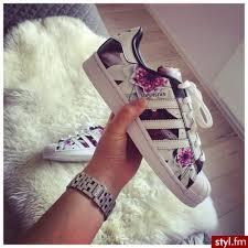Imagini pentru we heart it adidas