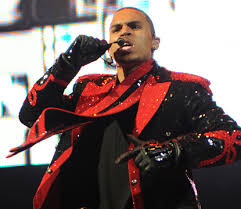 Chris Brown Hits No 1 On R B Chart With Deuces Access Online