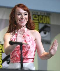 Ruth Connell - Wikipedia
