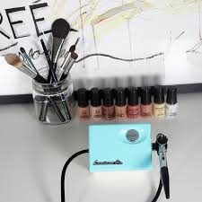how to use the personal airbrush machine from luminess