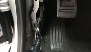 diy brake controller for 2015 colorado Colorado Wire Harness after testing each of the wires i found the following applications red green battery feed, black ground, white blue stop light signal, and blue trailer 2015 colorado trailer wire harness