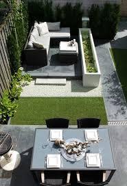 20 Small Backyard Garden For Look Spacious Ideas Modern Garden Landscaping Modern Backyard Design Small Backyard Landscaping
