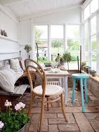 Natural Small Sunroom Ideas