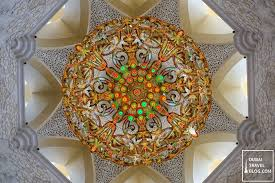 grand mosque abu dhabi chandelier