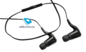 Обзор Bluetooth-гарнитуры <b>Plantronics BackBeat Go</b>
