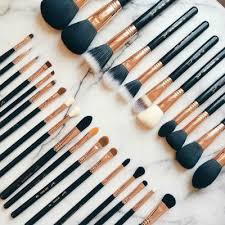brushes jpg