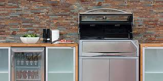 outdoor kitchen cabinets. a kitchen is great way to spruce up your outdoor living and entertaining areas. the team at kaboodle share few hints tips on what consider when cabinets