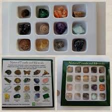 20 Pc Stone And Fossil Kit With Identification Chart On Back Free Domestic Shipping Travel Stones