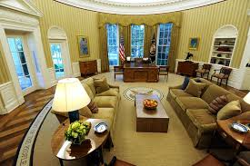 oval office white house. While President Barack Obama And His Family Were Away On Vacation In Martha\u0027s Vineyard, Workers Oval Office White House I