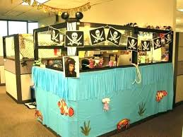cubicle decoration ideas office. Ideas To Decorate Your Office Cubicle How A Decorating Decor Birthday Decoration