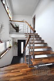Treppen mit podest (und geländer) als fertigen bausatz kaufen einen sicheren hauseingang oder die außentreppe ins obergeschoss gestalten sie mit einer geräumigen und stabilen podesttreppe aus. Wiehl Treppen Aufgesattelte Treppen