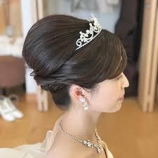 花嫁さん必見ウエディングドレスにぴったりの厳選ヘアスタイル