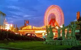 Resultat d'imatges de parc d'atraccions montjjuic