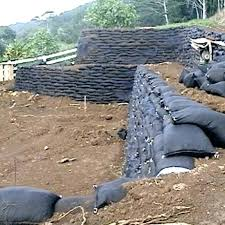 quikrete bag retaining wall bag retaining wall retaining walls dig retaining walls and bag retaining wall