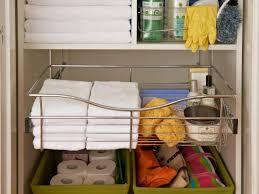 organizing a linen closet