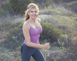 Kathy Smith Walking Ab Workout - Kathy Smith