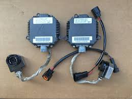 x factory oem subaru impreza wrx sti forester xenon light 2x factory oem subaru impreza wrx sti forester xenon light ballasts kit hid headlight control unit module computer ballast set pn nzmic111lbca000 factory