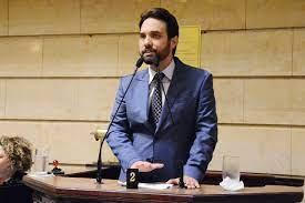 Doutor Jairinho é afastado do Conselho de Ética da Câmara do Rio