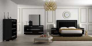 High Gloss Black Bedroom Furniture Volare Platform Bedroom Set In Black Lacquer By Status Made In Italy
