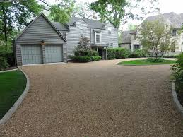 Pavers around gravel driveway. Circle Driveway LandscapingDriveway ...