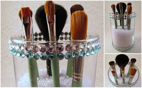 add you brushes that s it there you have it an easy diy makeup brush holder